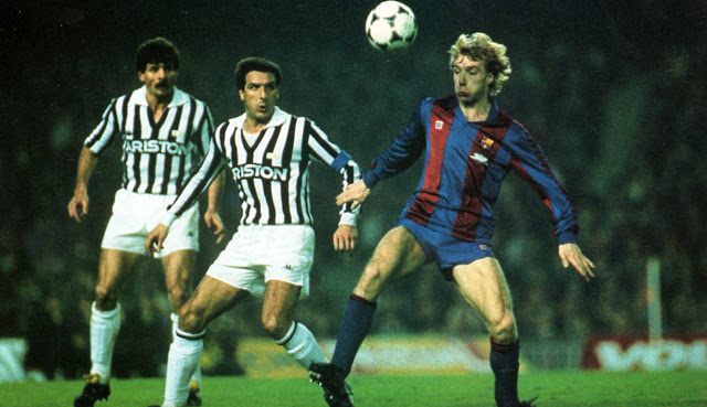 5 марта 1986 года. Первый матч Барселона -Ювентус собрал на стадионе 120 000 зрителей.